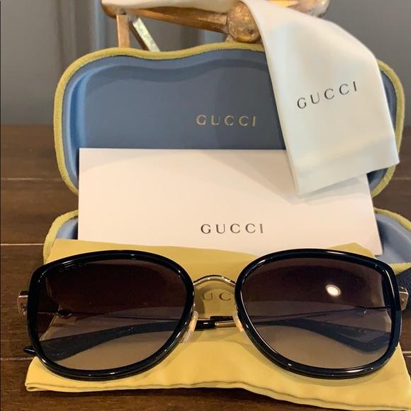 Gucci 56mm Gradient Cat eye Sungalsses